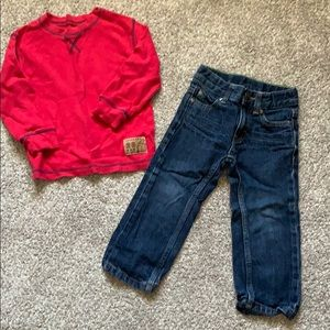 Carters size 2T boys outfit
